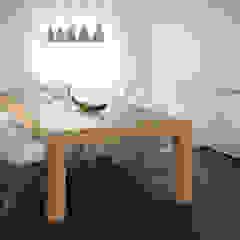 dieMeisterTischler Ruang Makan Modern Kayu White