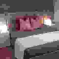 ANA LEITE - INTERIOR DESIGN STUDIO Modern style bedroom