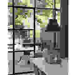 Lichte luxe woning grenzend aan de tuin van BNLA architecten Modern