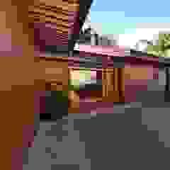 RUSTICASA | Casa unifamiliar | Sta. Maria da Feira por Rusticasa Tropical Madeira maciça Multicolor