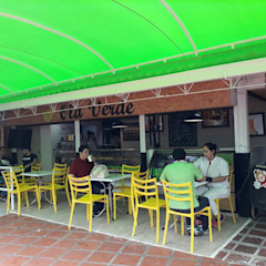 cafetería contemporánea Naromi Design Restaurantes Madera Blanco