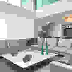 Modern Living Room by Danielle Valente Arquitetura e Interiores Modern
