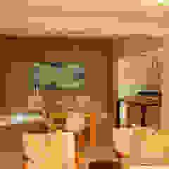House Varyani Modern dining room by Redesign Interiors Modern