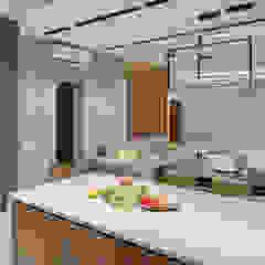 Дизайн небольшой кухни в стиле лофт и контемпорари Кухня в стиле лофт от Artichok Design Лофт