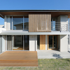 Eclectic style houses by TEKTON   テクトン建築設計事務所 Eclectic Wood Wood effect