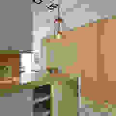玄關 Moooi Design 驀翊設計 斯堪的納維亞風格的走廊,走廊和樓梯