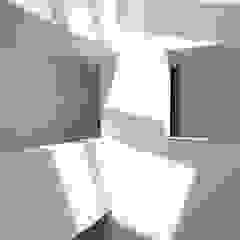 Architekten Lenzstrasse Dreizehn Modern Corridor, Hallway and Staircase