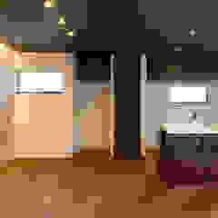廿日市の家 モダンデザインの リビング の 株式会社かんくう建築デザイン モダン