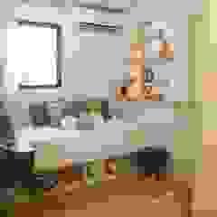 Quarto de bebê por Lorena Porto - Arquitetura e Interiores Minimalista