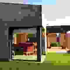 Vivienda Unifamiliar residencial Puertas y ventanas minimalistas de Marcelo Manzán Arquitecto Minimalista
