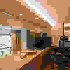 Design & Build: Condominium @ Eunos (Modern Scandinavian) Modern study/office by erstudio Pte Ltd Modern