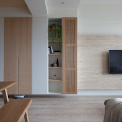 Asian style living room by 極簡室內設計 Simple Design Studio Asian