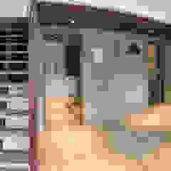 Industrial style dining room by 石方室內裝修有限公司 Industrial