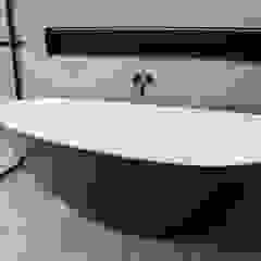 Vrijstaand design bad De Eerste Kamer Moderne badkamers van De Eerste Kamer Modern