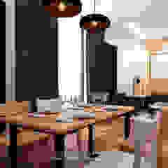 Scandinavian style dining room by JESSICA DESIGN STUDIO Scandinavian