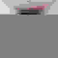 開閉の家 トロピカルスタイルの 寝室 の STaD(株式会社鈴木貴博建築設計事務所) トロピカル