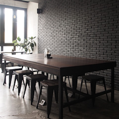 Communal table Spasi Architects Gastronomi Gaya Industrial Batu Bata Grey