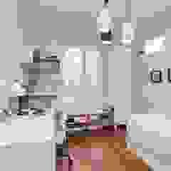 Apartament w Wilanowie od ZAWICKA-ID Projektowanie wnętrz Skandynawski