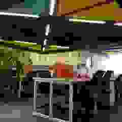 Workstations Ravi Prakash Architect Modern style study/office Engineered Wood Multicolored