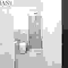 Banheiros modernos por A4MANI - Interior & Architecture Moderno Cerâmica