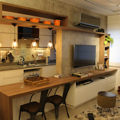 Cristina Langer Arquitetura Comercial & Interiores Industrial style dining room