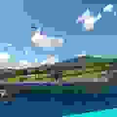 Parque Esportivo Morro Ferrabraz Piscinas campestres por Bendita Arquitetura Campestre