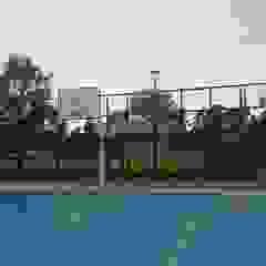 Ruang Olahraga Gaya Country Oleh Ravelect Country Beton