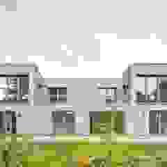Maisons modernes par ZHAC / Zweering Helmus Architektur+Consulting Moderne Bois Effet bois