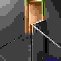 Couloir, entrée, escaliers modernes par ZHAC / Zweering Helmus Architektur+Consulting Moderne Calcaire
