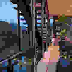 JEWEL OF NYANYI (BALI) الممر الحديث، المدخل و الدرج من Terra Development Group حداثي