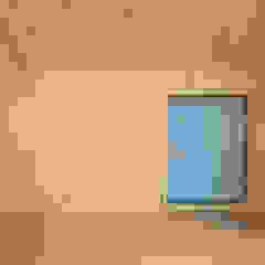 수원 Bookhouse من 건축그룹 [tam] إسكندينافي خشب Wood effect