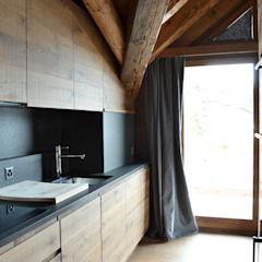 Cocinas de estilo escandinavo de Andrea Rossini Architetto Escandinavo