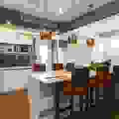 Gera Green Modern study/office by Rita Mody Joshi & Associates Modern Concrete