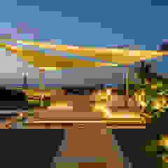 North Coast Villa by Hossam Nabil - Architects & Designers 모던