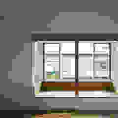 โดย 平山教博空間設計事務所 ผสมผสาน ไม้ Wood effect