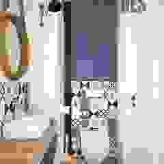 OES architekci Modern bathroom Concrete Blue