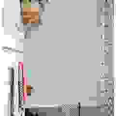 Bathroom before makeover Baños de estilo industrial de THE FRESH INTERIOR COMPANY Industrial