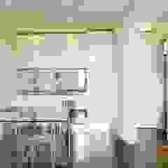 Appartamento 65 mq. DELFINETTIDESIGN Cucinino Legno Bianco