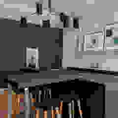 Bespoke bulthaup in north west London apartment Modern kitchen by Kitchen Architecture Modern