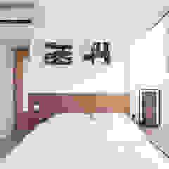 Cherry Crest Scandinavian style bedroom by Clifton Leung Design Workshop Scandinavian