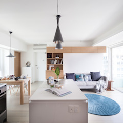 Cherry Crest Scandinavian style living room by Clifton Leung Design Workshop Scandinavian