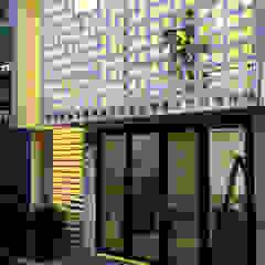 من Studio8 Architecture & Urban Design أسيوي