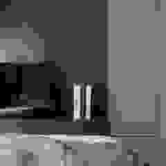 Eightytwo Minimalist bedroom Black