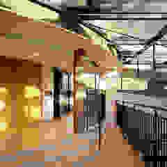 프랑스 고등학교 모던 스타일 학교 by D.P.J & Partners 모던