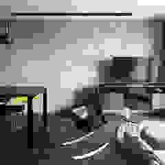 THOMSON THREE Modern living room by Eightytwo Pte Ltd Modern