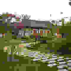 Asian style schools by 여유당건축사사무소 Asian
