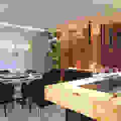 Casa Horizonte Salas de jantar mediterrâneas por Maria Luiza Aceituno arquitetos Mediterrâneo