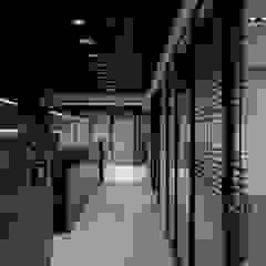 《蘊藏》 辰林設計 Asian style offices & stores Brown
