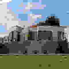 Tetralux Arquitectos Minimalist house