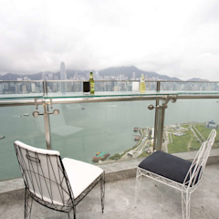 The Harbour Side by Clifton Leung Design Workshop Modern
